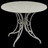 TABLE 1900, D.96 CM, Gris argile de FERMOB
