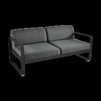 Canapé BELLEVIE de Fermob, coussin gris graphite, Réglisse