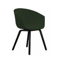 FAUTEUIL AAC23, Piétement en chêne teinté noir, Vert de HAY