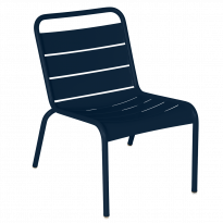 Chaise lounge LUXEMBOURG de Fermob, Bleu abysse
