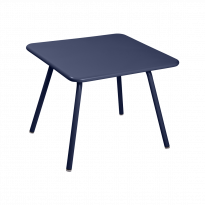 TABLE 57 x 57 LUXEMBOURG KID, Bleu abysse de FERMOB