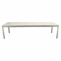 Table à allonges RIBAMBELLE de Fermob, 3 allonges, Gris Argile