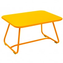 TABLE BASSE SIXTIES, Miel de FERMOB