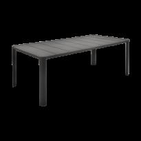 Table  OLÉRON de Fermob, Réglisse