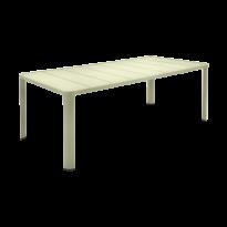 Table  OLÉRON de Fermob, Tilleul