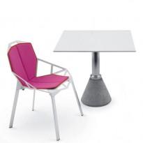 TABLE ONE BISTROT AVEC PLATEAU CARRE, 2 options de MAGIS