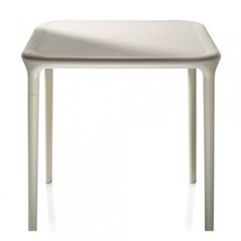 TABLE CARREE AIR, 2 couleurs de MAGIS