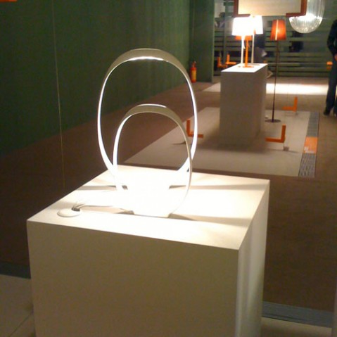 Anisha Grande lampe à poser design foscarini blanc