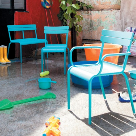 luxembourg kid fermob chaise enfant cedre