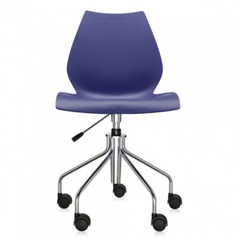 chaise roulettes maui kartell bleu marine