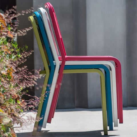 chaise urban emu marron d'inde