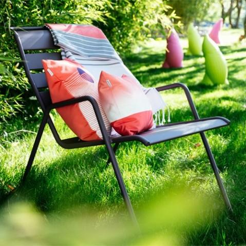 fauteuil bas monceau fermob gris metal