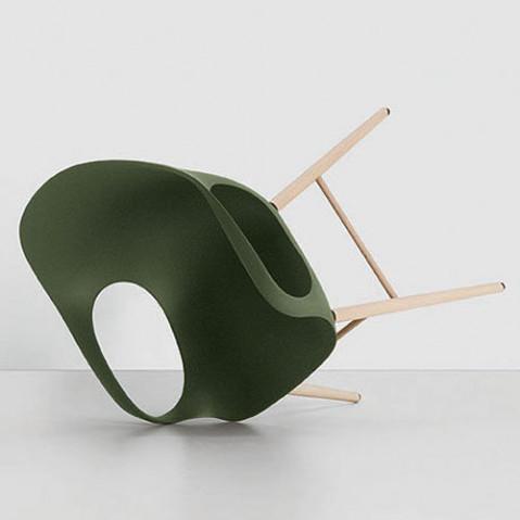 fauteuil elephant pietement bois kristalia vert