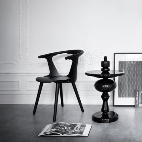 fauteuil in between and tradition chene fume