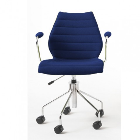 fauteuil roulettes maui soft kartell bleu