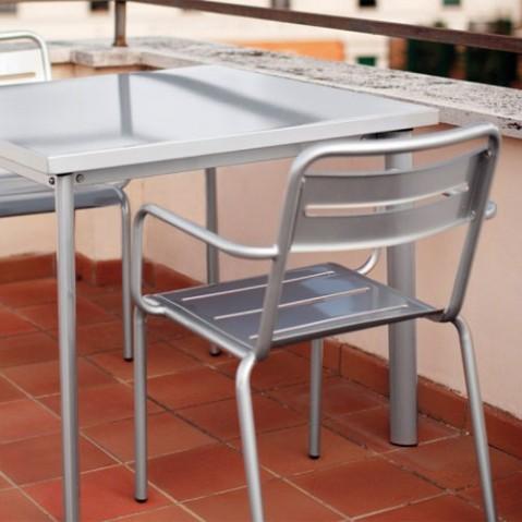 fauteuil star emu fer ancien