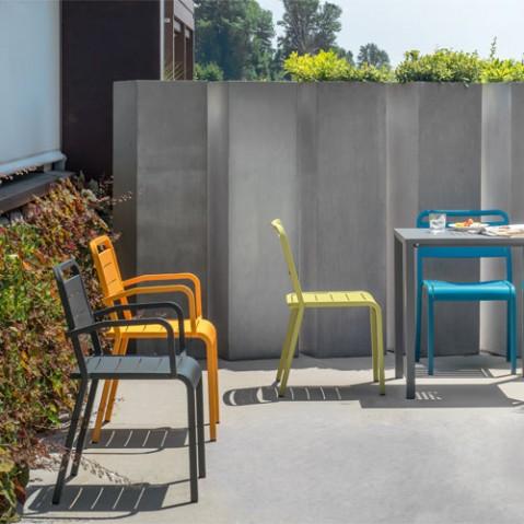 fauteuil urban emu rouge écarlate