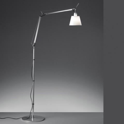 lampadaire tolomeo basculante artemide parchemin