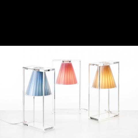 lampe poser light air kartell jaune