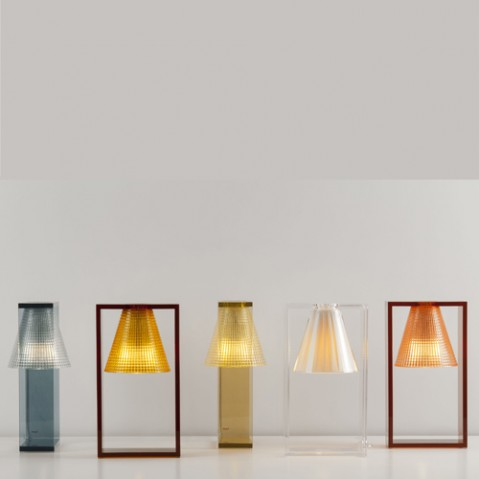 lampe poser light air sculptee kartell cristal