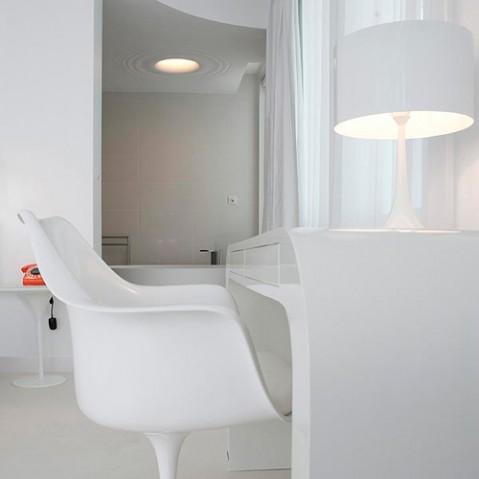 lampe poser spun light t1 flos blanc
