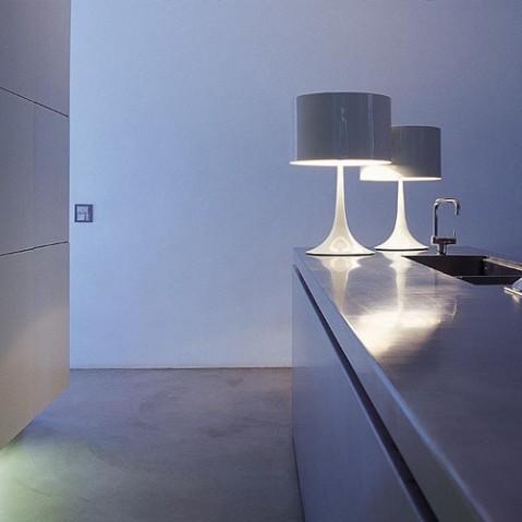lampe poser spun light t1 flos terre