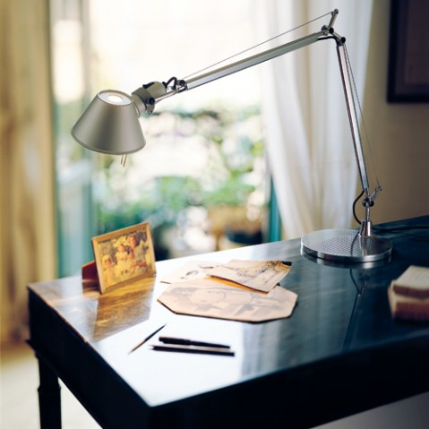 lampe poser tolomeo halogene artemide blanc