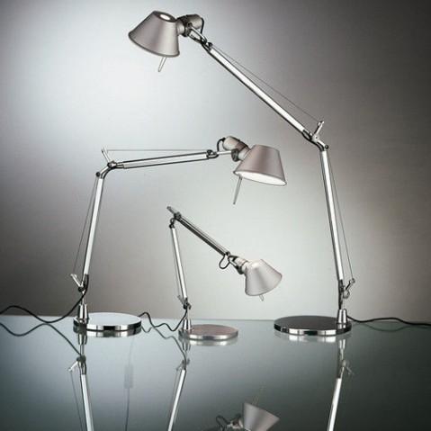 lampe poser tolomeo micro artemide bleu