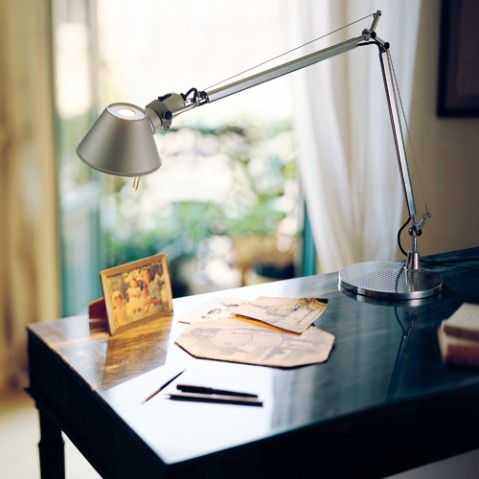 lampe poser tolomeo mini halogene artemide noir