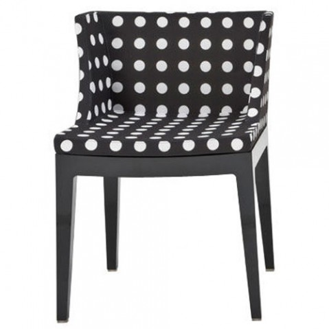 Mademoiselle kartell fauteuil structure transparent fond blanc pois noirs