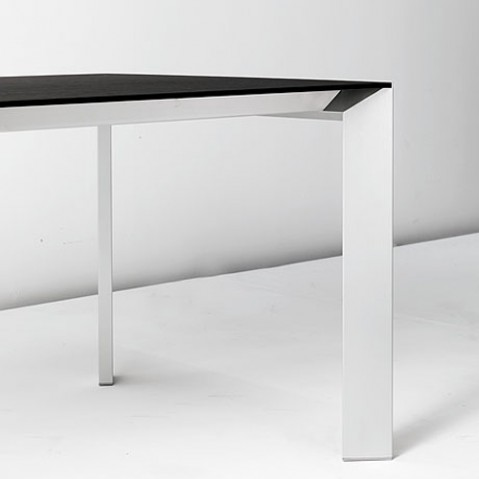 Kristalia table Nora fixe blanc