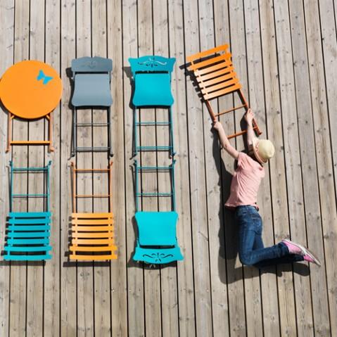 chaise pliante bistro piment de fermob. Black Bedroom Furniture Sets. Home Design Ideas