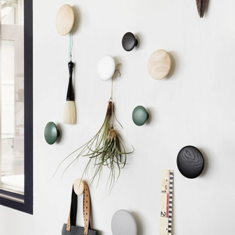 patere the dots m muuto dark grey