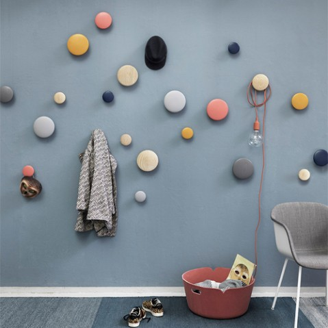 patere the dots l muuto dark grey