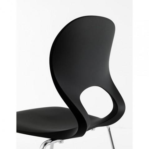 Kristalia chaise Pikaia noir