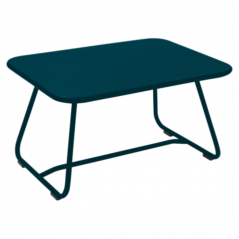 TABLE BASSE SIXTIES, Bleu acapulco de FERMOB