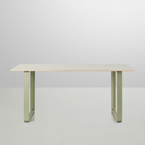 table 70 70 muuto 170 gris