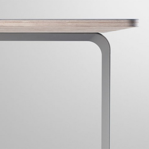 table 70 70 muuto 225 blanc