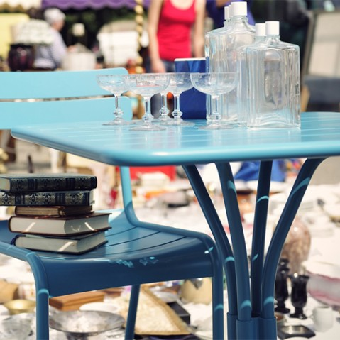 table luxembourg 80 1 pied fermob capucine
