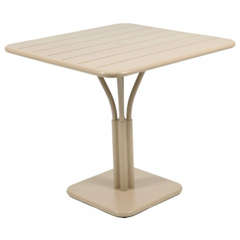 table carree luxembourg 1 pied fermob muscade