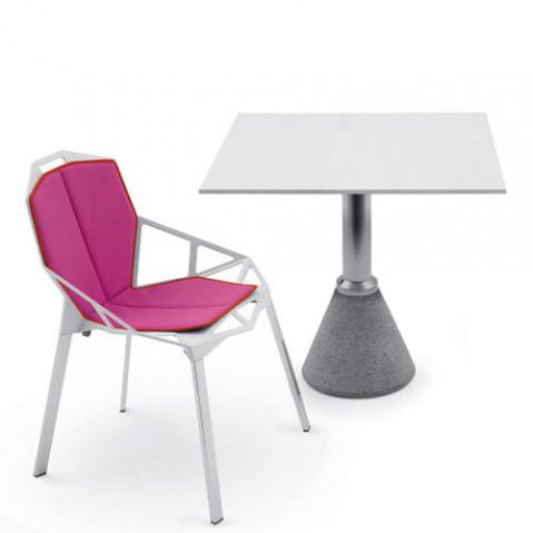 table one bistrot avec plateau carre blanc de magis. Black Bedroom Furniture Sets. Home Design Ideas
