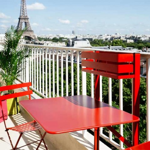 Table pliante bistro balcon capucine de fermob for Table de balcon pliante