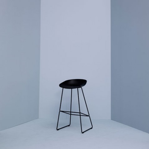tabouret about a stool aas38 75 hay blanc