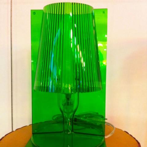 lampe poser take kartell vert