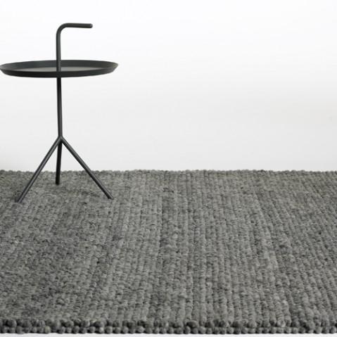 tapis peas hay 170 240 gris fonce