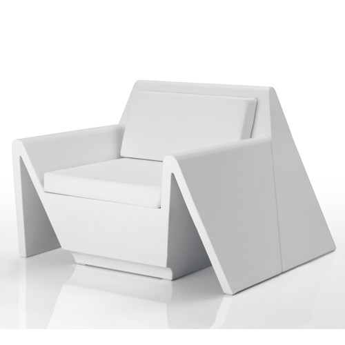 rest fauteuil blanc mat de vondom. Black Bedroom Furniture Sets. Home Design Ideas