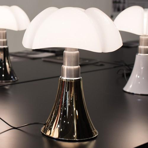 mini pipistrello lampe a poser led dor de martinelli luce. Black Bedroom Furniture Sets. Home Design Ideas