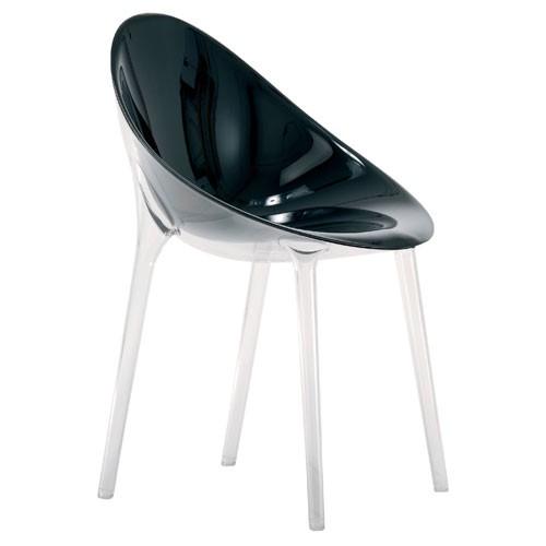 fauteuil fauteuil mr impossible opaque noir de kartell. Black Bedroom Furniture Sets. Home Design Ideas