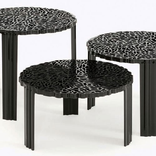 table basse t table hauteur 28 cm opaque noir de kartell. Black Bedroom Furniture Sets. Home Design Ideas