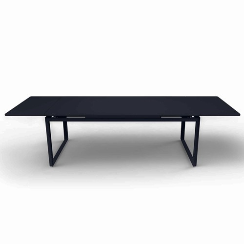 table a rallonges biarritz carbone de fermob. Black Bedroom Furniture Sets. Home Design Ideas